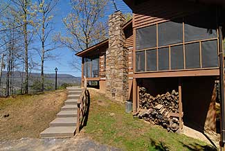Pigeon Forge Two Bedroom Cabin with Mountain View