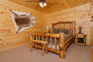 Little Buck Luxury Log Cabin In Pigeon Forge Tennessee