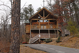 Secluded Pigeon Forge One Bedroom Cabin in Pigeon Forge Tn near Cades Cove
