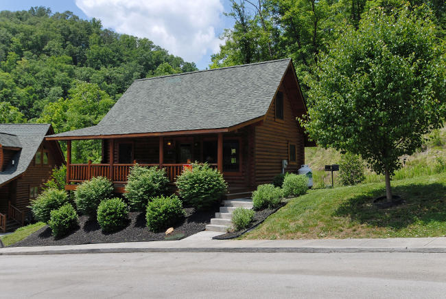 A great smoky hideaway smoky mountain ridge cabin 134 for Smoky mountain ridge cabins
