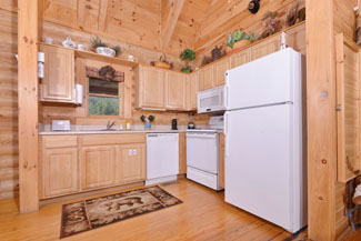 One Bedroom Plus Loft Cabin Rental Convenient to the Pigeon Forge Parkway