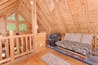 Pigeon Forge One Bedroom Cabin Rental convenient to Pigeon Forge and area attractions