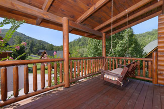 Pigeon Forge Covered Deck Cabin Rental