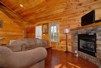 pigeon forge cabin with flatscreen tv