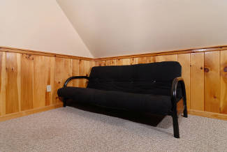 cabin with a futon for extra sleeping