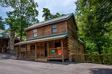Pigeon Forge Five Bedroom Cabin Rental