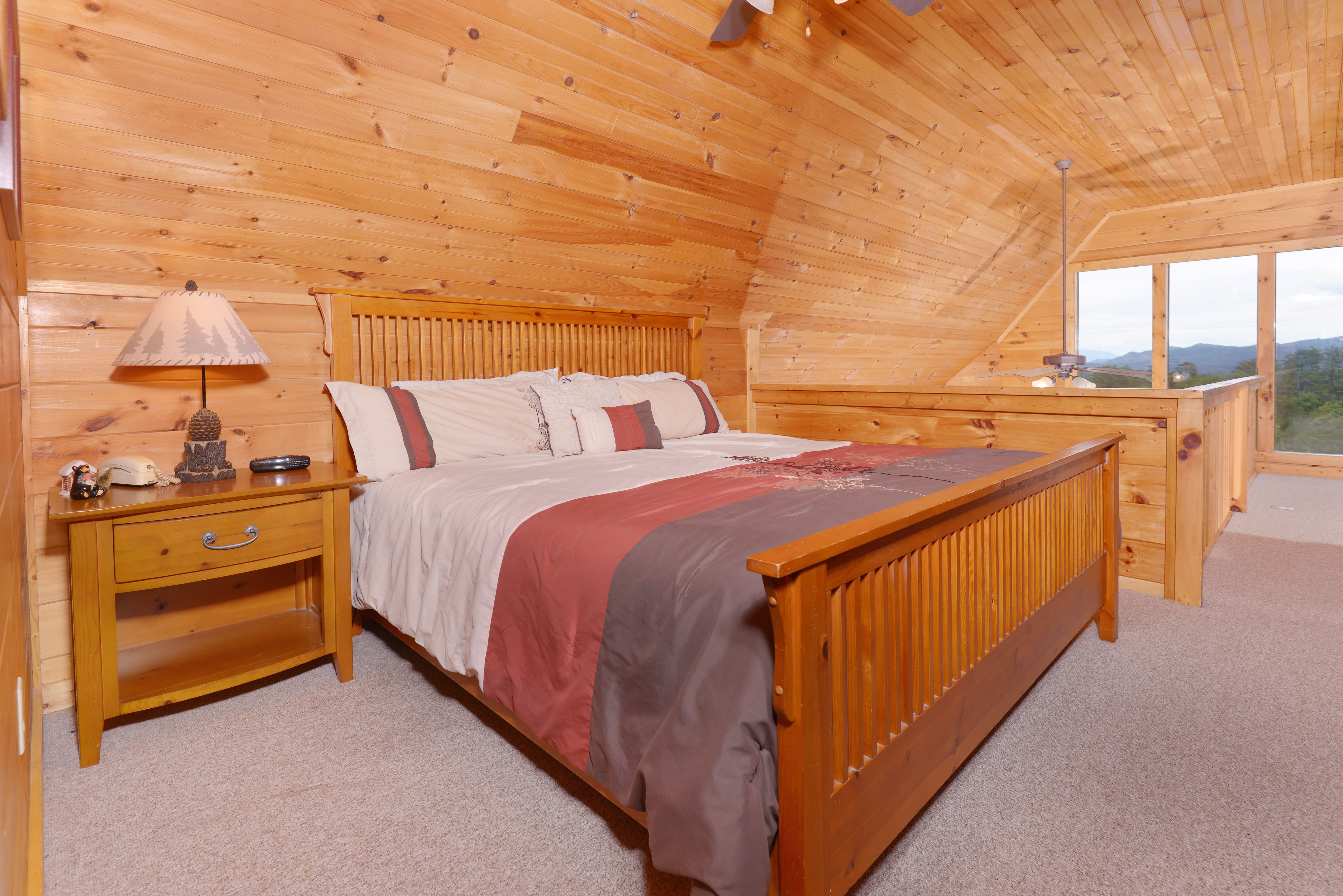 Black Bear Lodge Pine Mountain 220 Two Bedroom Plus Loft Cabin Mountain View Convenient Cabin Rental