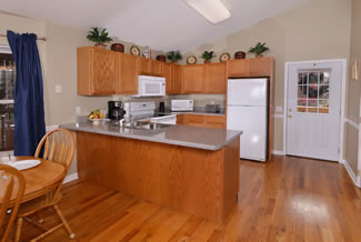 Pigeon Forge Cottage Rental Fully Equipped Kitchen