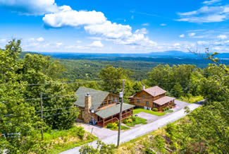 Tennessee Vacation One Bedroom Plus Loft Cabin Rental-Mountain View