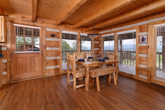 Tennessee Vacation Cabin Rental Dining Room Area that seats 6 overlooking a mountain view