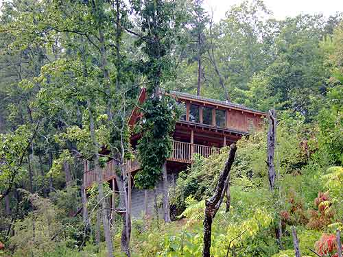 Secluded Pigeon Forge One Bedroom Cabin Rental with a Mountian View