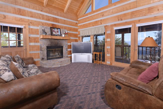Pigeon Forge Mountain Cabin Rental Livingroom Area