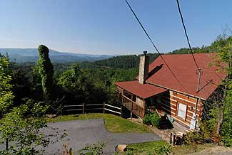 Pigeon Forge Family Getaway One Bedroom Plus Loft Log Cabin Rental with a Smoky Mountain View