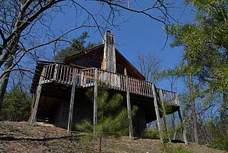 Pigeon Forge One Bedroom Plus Loft bedroom that features one king size bed