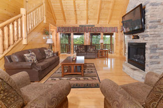 Pigeon Forge Four Bedroom Cozy Cabin Rental with a large livingroom area