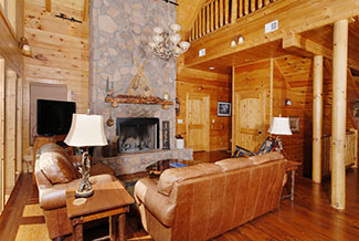 Pigeon Forge four bedroom cabin with a large livingroom area