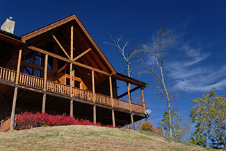 Pigeon Forge Cabin with a panoramic mountain view