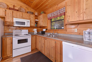 Pigeon Forge One Bedroom Cabin Rental Fully equipped kitchen