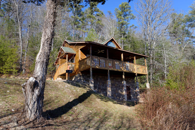 Pigeon Forge One Bedroom Cabin Rental convient to Pigeon Forge