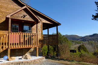 Tennessee Honeymoon Smoky Mountain Cabin rental-mountain view