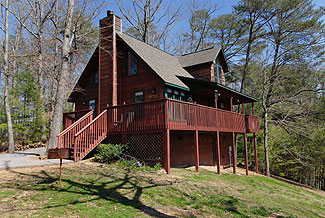 Pigeon Forge Tennessee One Bedroom Plus Loft Cabin Rental with Whirl Pool and Hot tub