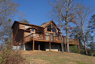 Pigeon Forge Three Bedroom Pet Friendly Cabin Rental that features Wireless Internet Access