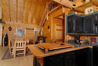 Pigeon Forge Kitchen and Dinning area in a Two bedroom Cabin