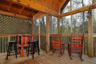 Pigeon Forge Two Bedroom Cabin with outdoor rockers