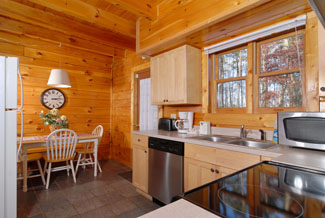 Pigeon Forge Cabin Rental with Dinning Area