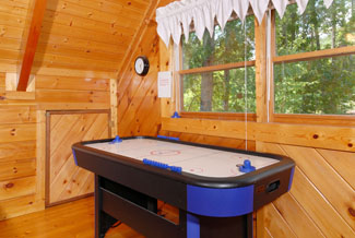 Pigeon Forge One Bedroom Cabin Rental Air Hockey Table