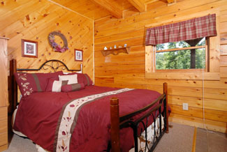 Pigeon Forge One Bedroom Master Suite