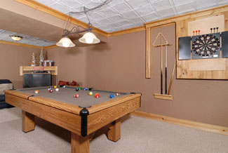 Pigeon Forge Cabin with a gameroom with a pool table and dart board
