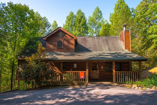 Pigeon Forge Two Bedroom Cabin with two master suite