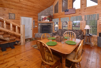 Pigeon Forge Cabin Rental Dinning Room Area