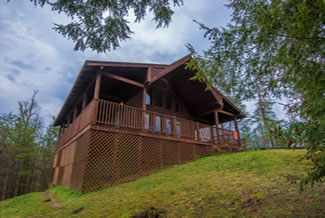 Pigeon Forge One Bedroom Plus Loft Lake Access Cabin Rental