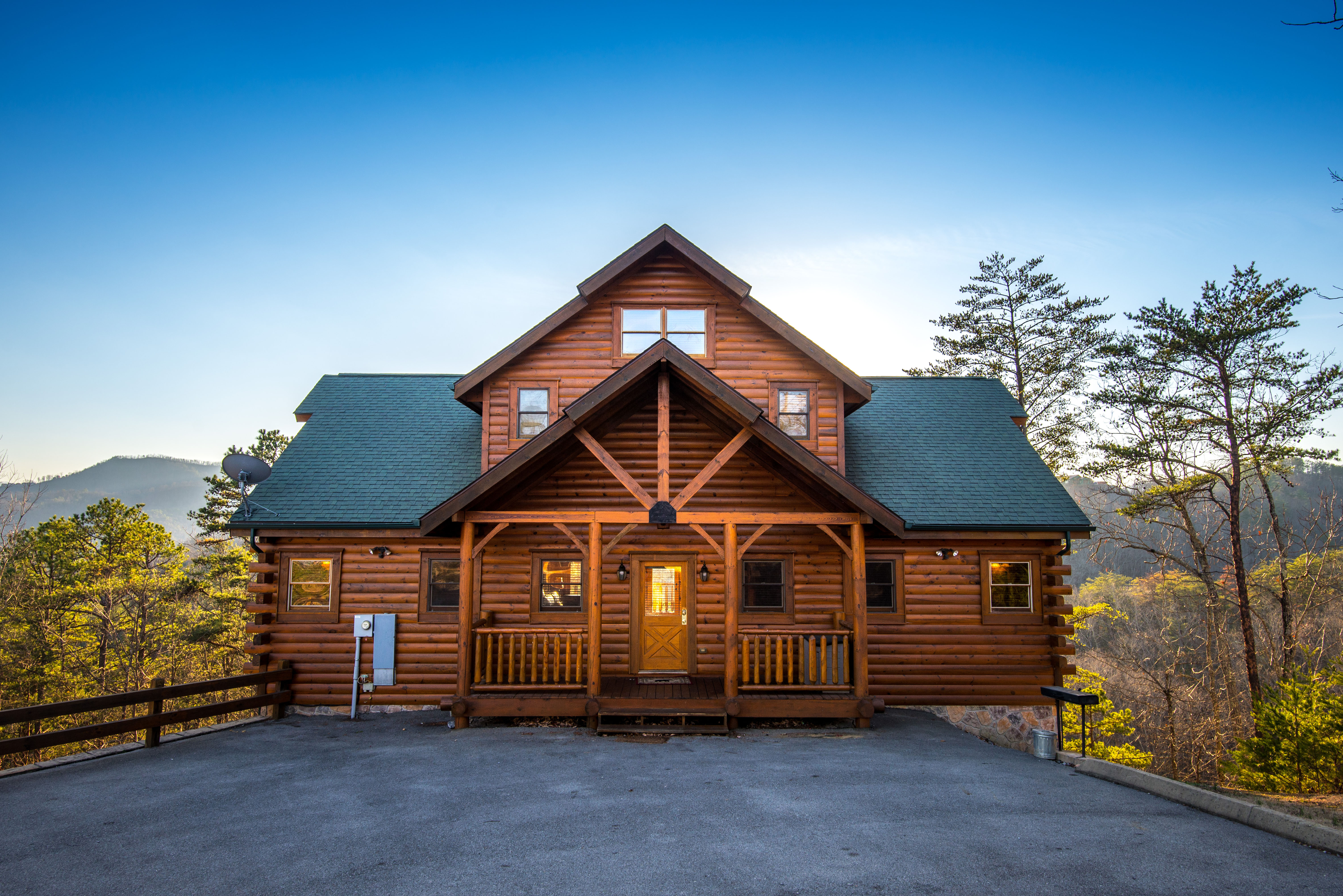 Pigeon Forge Four Bedroom Cabin Rental with Mountain Views-Gameroom- Theater Room