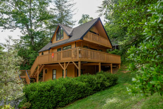 Pigeon Forge Two Bedroom Cabin that is walking distance to an outdoor swimming pool