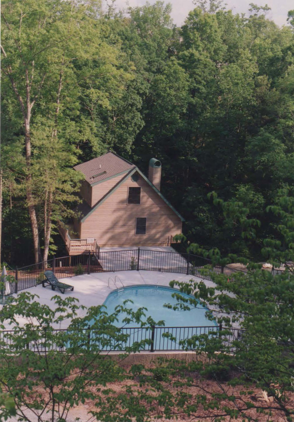 Pigeon Forge Convenient Two Bedroom Cabin Rental That