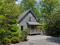 Great Value Three Bedroom Chalet Rental Convenient to the Pigeon Forge Parkway