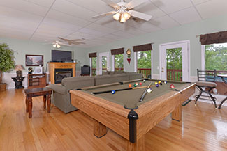 Pigeon Forge Three Bedroom Chalet Rental Pool Table