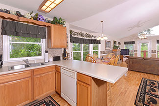 Tennessee Vacation Cabin Rental Kitchen Area