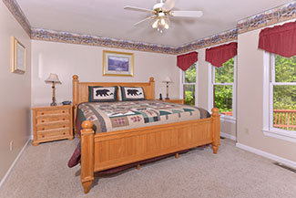 Pigeon Forge Three Bedroom Cabin Rental that has Flat Screen Televisions in the Bedrooms