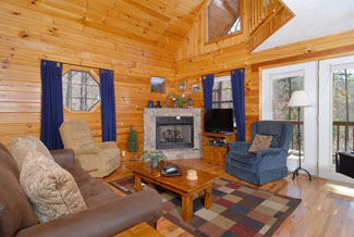 Pigeon Forge Two Bedroom Chalet Features Fireplace Flat-Flat Screen TV-Pool Table-Hot Tub