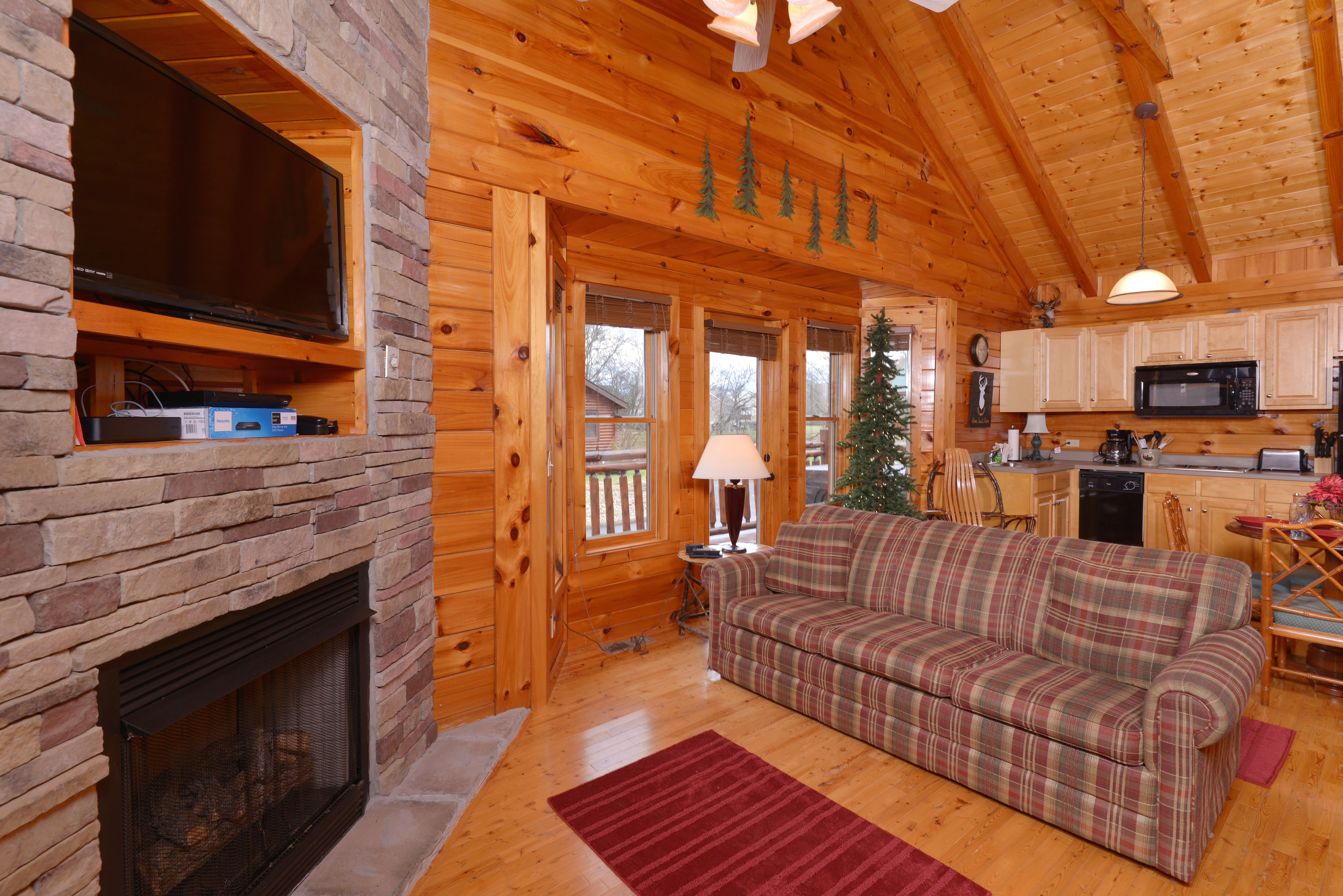 Pigeon Forge One Bedroom Log Cabin Rental Convenient To Pigeon Forge Parkway