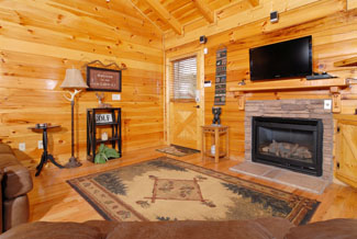 Pigeon Forge Log Cabin Convenient to Pigeon Forge Great For Hot Rods