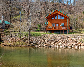 Pigeon Forge Convenient Cabin Rental with Riverfront access-view