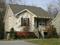 Pigeon Forge Vacation Cottage Rental with Little Pigeon Riverfront Acess Convenient to Pigeon Forge Parkway 441