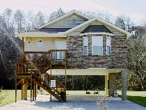 Pigeon Forge Chalet Rental on the Little Pigeon River with Trout Fishing Access