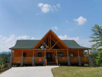 Pigeon Forge Deluxe Four Bedroom Cabin with Great Smoky Mountain View