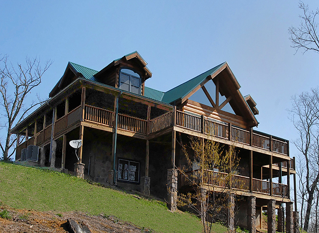 Truly Amazing - Luxury chalet in Pigeon Forge Tennessee, with hot ...
